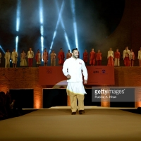 Salman Khan Walks The Runway For FDCI'S Huts To High Street Fashion Show To Promote Khadi | Gujarat