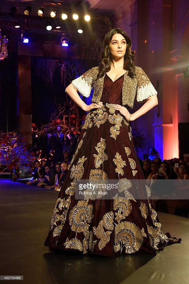 Aishwarya Rai Bachchan at India Couture Week 2015