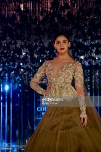 Alia Bhatt walks for Manish Malhotra's Sensual Affair
