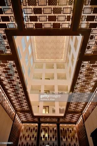 DOHA, QATAR: The Mandarin Oriental, Doha lobby
